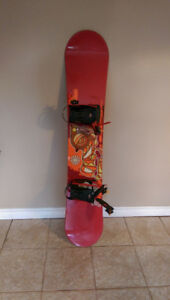 K2 Mini Zeppelin 147 Snowboard with K2 Bindings