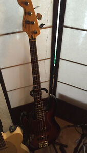 Squier Vintage Modified Jazz bass LEFTY!