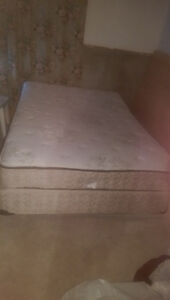 DOUBLE PILLOW TOP MATTRESS,.BOXSPRING SET W/FRAME