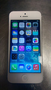 Bell / Virgin iPhone 5 16gb White or Black Good Condition