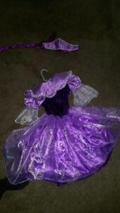 Princess dress size 3 to 4 purple