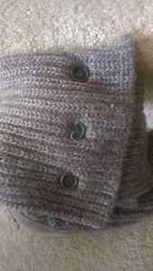 Ugg Cardy Classic Knit Boot size 6 women's Strathcona County Edmonton Area image 2