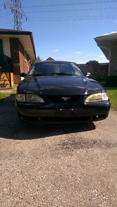 1997 Ford Mustang Srs Coupe (2 door)