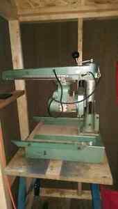 """DeWalt Wood Working 8"""" Radial Arm Saw"""