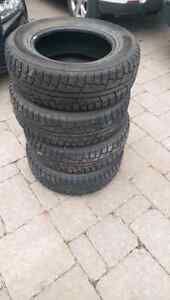 4 Minerva winter tires, 215/70R16 barely used West Island Greater Montréal image 2