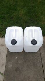 Water containers 2x10 litre