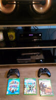 Xbox One w/ Kinect + 2 controllers