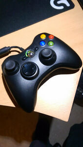 XBOX 360 Controller (Barely Used) Wired USB
