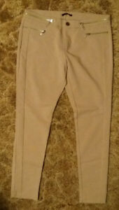 Mohito Beige Nude Stretchy Skinny Pants Trousers size 42