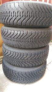 Selling 4 winter tires Goodyear Nordac 215/70/R15