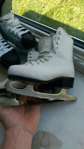 Youth size 12 figure skates