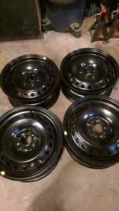 4 new fords rims 16 inch 5x108