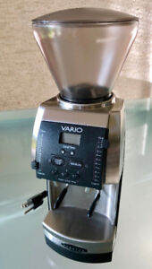 Exceptional Baratza Vario Coffee Grinder – Like New