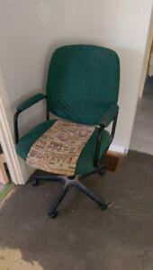 Collingwood, Swivel Office Chair with Arms- $15