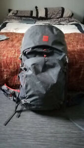 Backpack to travel the world