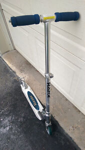 Razor, Scooter, folds, in aluminum, very good condition