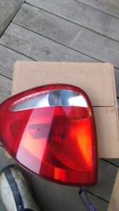 2001-2007 Dodge caravan rear tail light lens