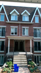 A classy 2+Den Townhouse Available for Rent (Queen/Dufferin)