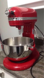 Selling Kitchen Aid Professional 5-Plus Stand Up Mixer