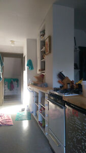 NEAR WHYTE AV, bus routes to U of A .3rd Floor suite,quiet house