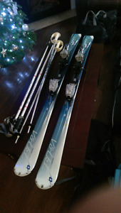 Full Woman skis setup. 142 skis. Salmon ski boots.23-23.5