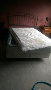 Waterbed - Size Double London Ontario image 3
