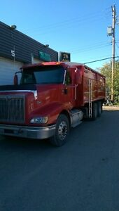 2007 IHC 9200 EAGLE, 18SPD, GRAIN TRUCK...PRICE REDUCED!!