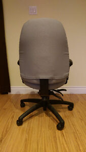 Fully adjustable office chair (Green) Kitchener / Waterloo Kitchener Area image 4