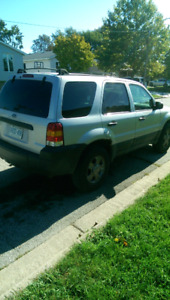 2005 FORD ESCAPE.......$750 FIRM