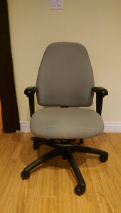Fully adjustable office chair (Green) Kitchener / Waterloo Kitchener Area image 1