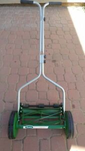 Eco friendly lawnmover