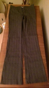 Womens Bottoms (8 item) size extra small and small Cambridge Kitchener Area image 6