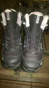 Women's Salomon winter boots