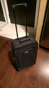 Carry on hand luggage for great price (great condition) 20$