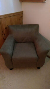 microfiber couch and matching chair