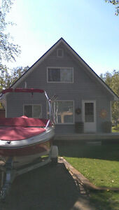 Cozy cabin for rent at Emma Lake