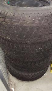"Toyo Winter Tires with 17"" RIMS - Dodge ram 1500 - F150"
