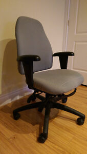 Fully adjustable office chair (Green) Kitchener / Waterloo Kitchener Area image 2