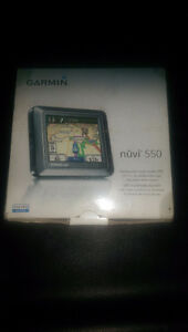 Garmin Nuvi 550 Waterproof multi-mode GPS(Car, Boat, Motorcycle)