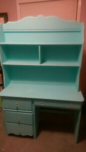 Princess desk and shelf just in time for School