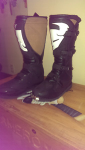 Thor Q1 boots size 10