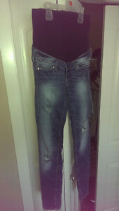 H&M Maternity Jeans (Size 4)