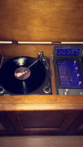 Vintage stereo excellent condition