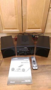 Yamaha MCR-B142BL Desktop Audio Bluetooth System
