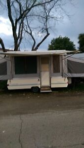 1988 coleman pop up trailer