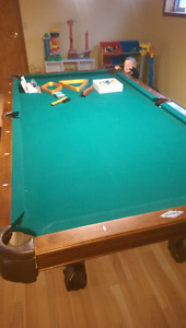 Pool table $800 obo