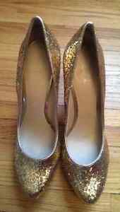 NINE WEST - HIGH HEELS, GOLD GLITTERY, SIZE 7.5 Oakville / Halton Region Toronto (GTA) image 3