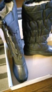 Waterproof winter boots