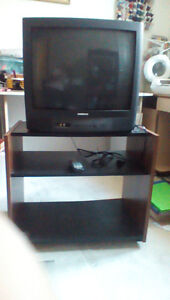"""21"""" Samsung t.v. with remote and stand"""