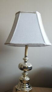 $5 Table Lamp sets